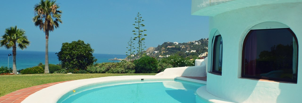 6665043b2e54f La mejor villa con piscina privada en Atlanterra - Zaharavillas.com