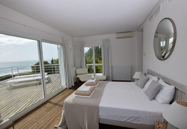 Barbaria - Dormitorio 1