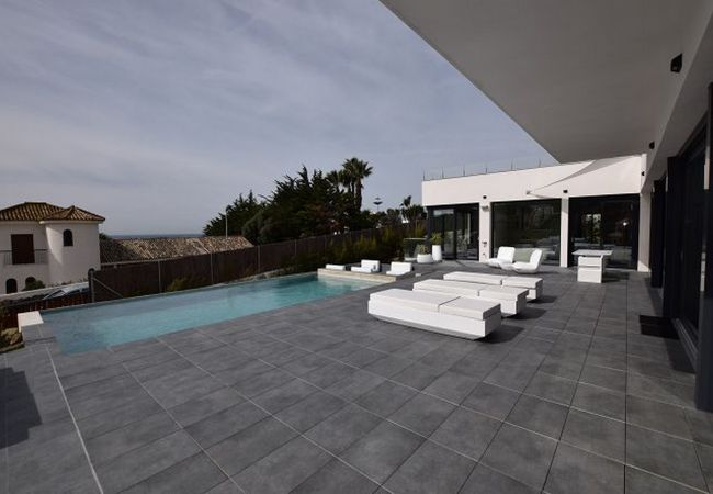 Essencia - Zona de exterior piscina