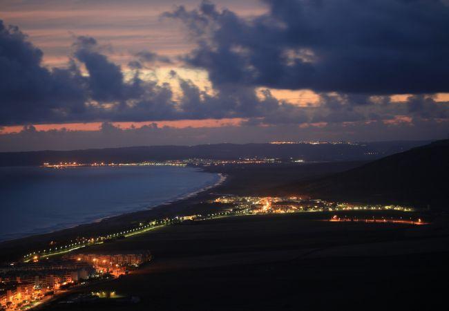 Hasta aquí hemos llegao - Costa de noche