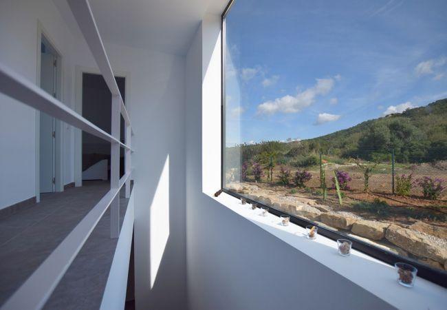 El Mirador de la Plata - Escalera y Pasillo acceso 1ª Planta