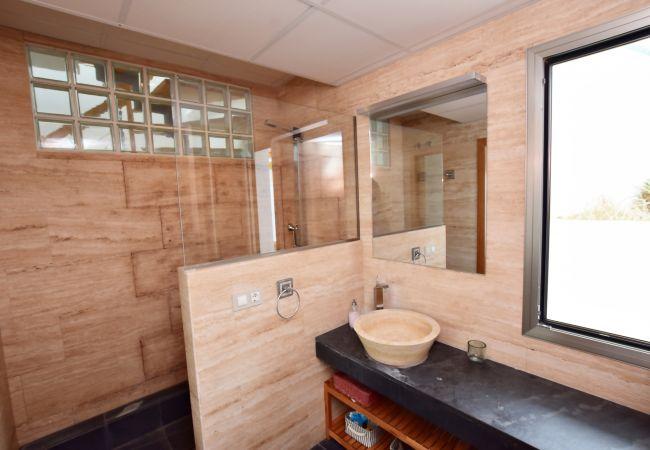 Aires de Zahara - Baño en suite - Dormitorio principal